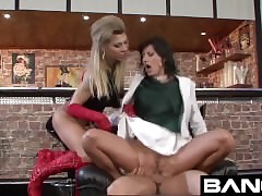 doctor porn videos - hot young girls